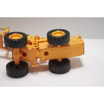 Komatsu Russia wheel loader W120  Diapet Made in Japan  1/50 used  Yonezawa Toys