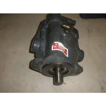 "Vickers Ecuador  PVB20-LS-20-CM-11 Piston Pump 1 ¼"" Dia Shaft With 1 ¼"" Ports"