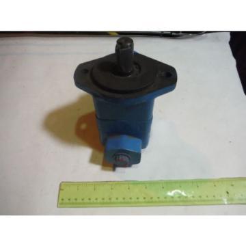 VICKERS Liechtenstein Hydraulic Pump, Series V10, P/N 382087-3, Gd Condition 1P7P, 1C20