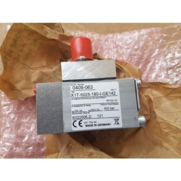 New Slovenia  Komatsu Mining Germany Pressure Control Switch 341 754 40 / 34175440